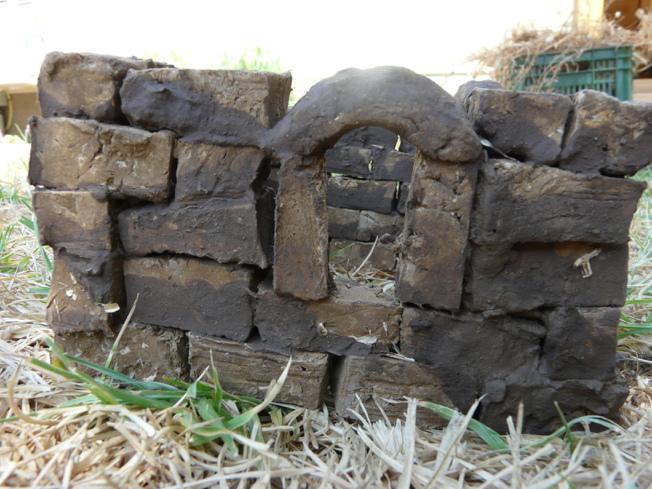 בית עתיק משחקי האדמה Earth Toys
